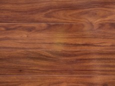 Laminate flooring – Blue Gum